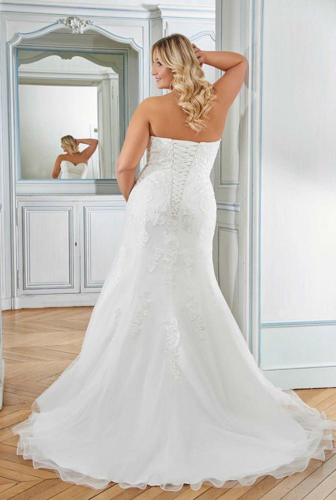 celli-spose-sposa-2021-miss-kelly-curvy_218-12-02