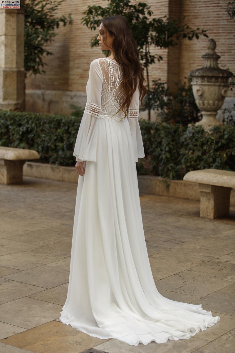 celli-spose-sposa-2021-ART-DESIGN-SPOSA-ART 21-04 plus cape ART 21-32 b