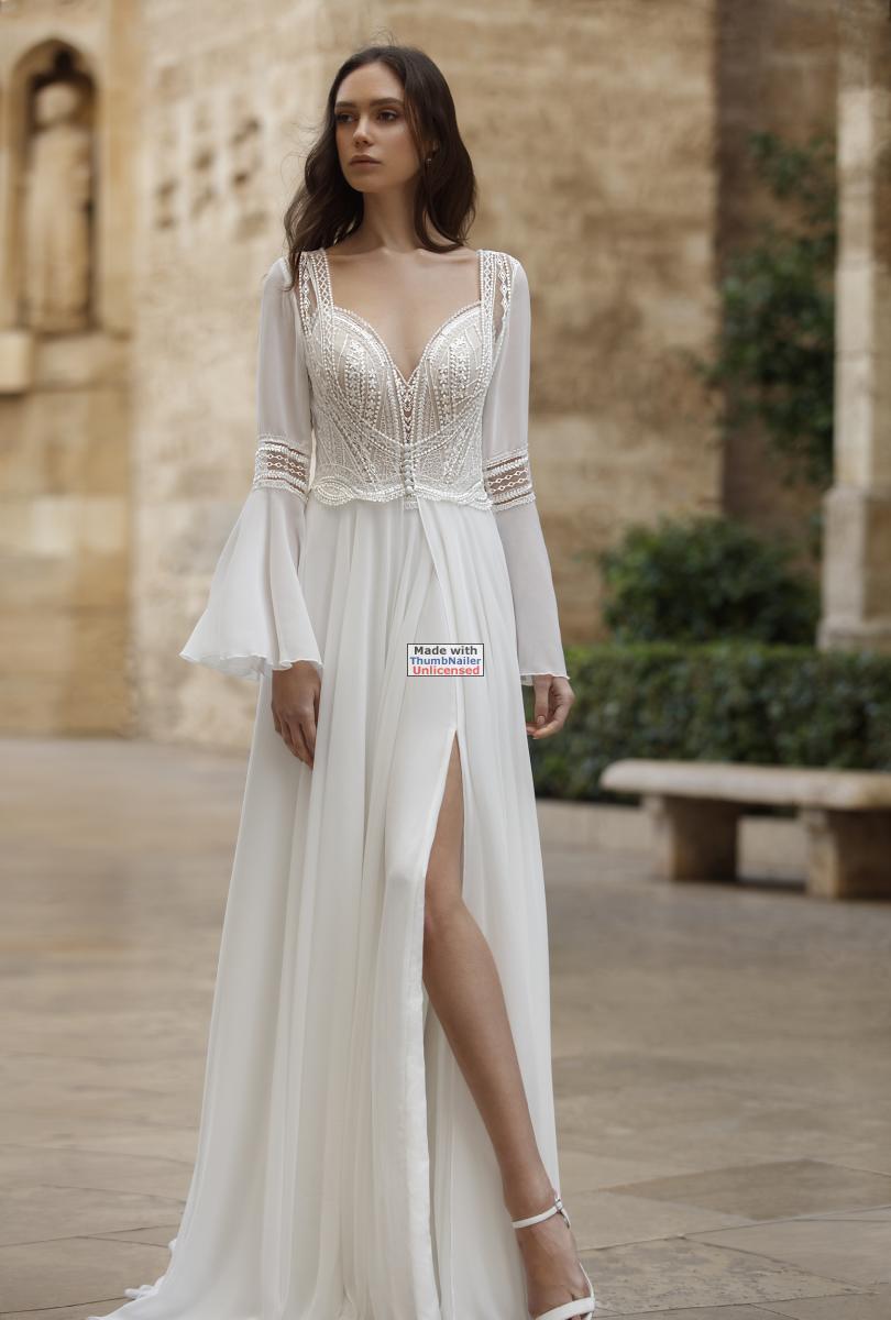 celli-spose-sposa-2021-ART-DESIGN-SPOSA-ART 21-04 plus cape ART 21-32