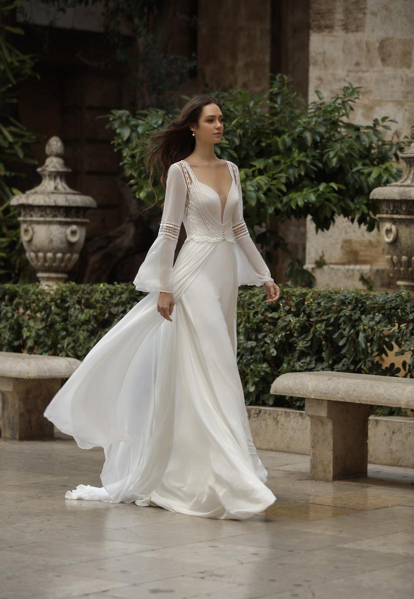celli-spose-sposa-2021-ART-DESIGN-SPOSA-ART 21-12 plus cape ART 21-32