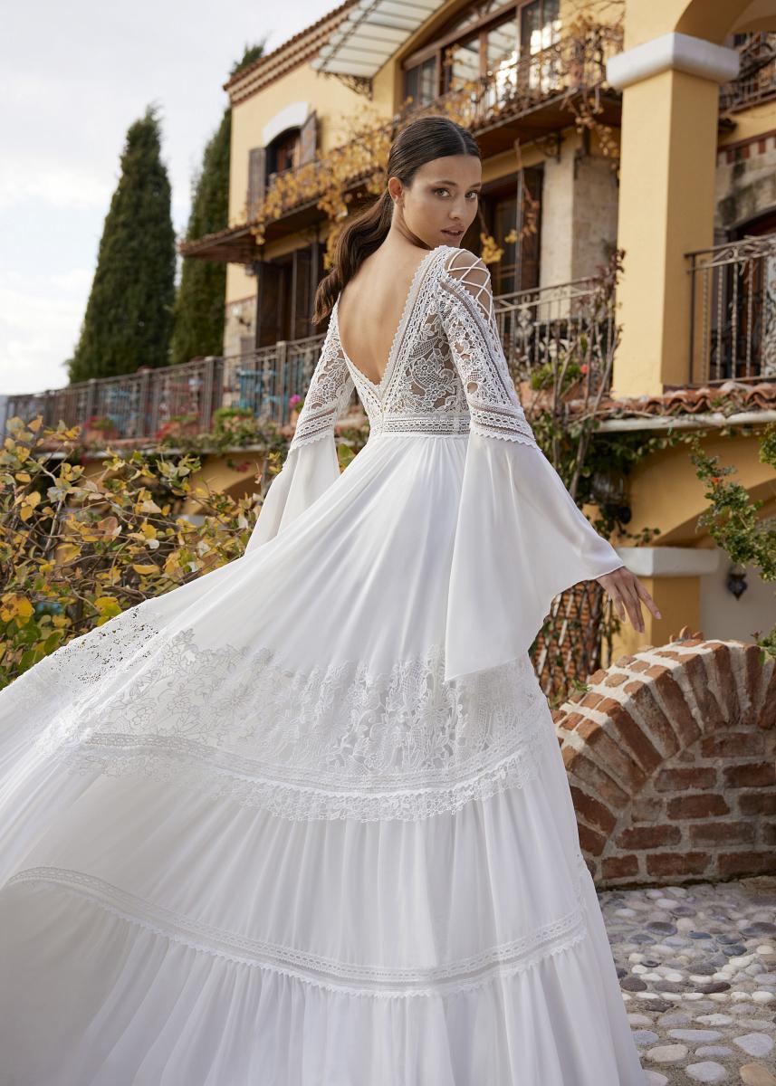 celli-spose-sposa-2022_HERVE-PARIS-Adelynn-04
