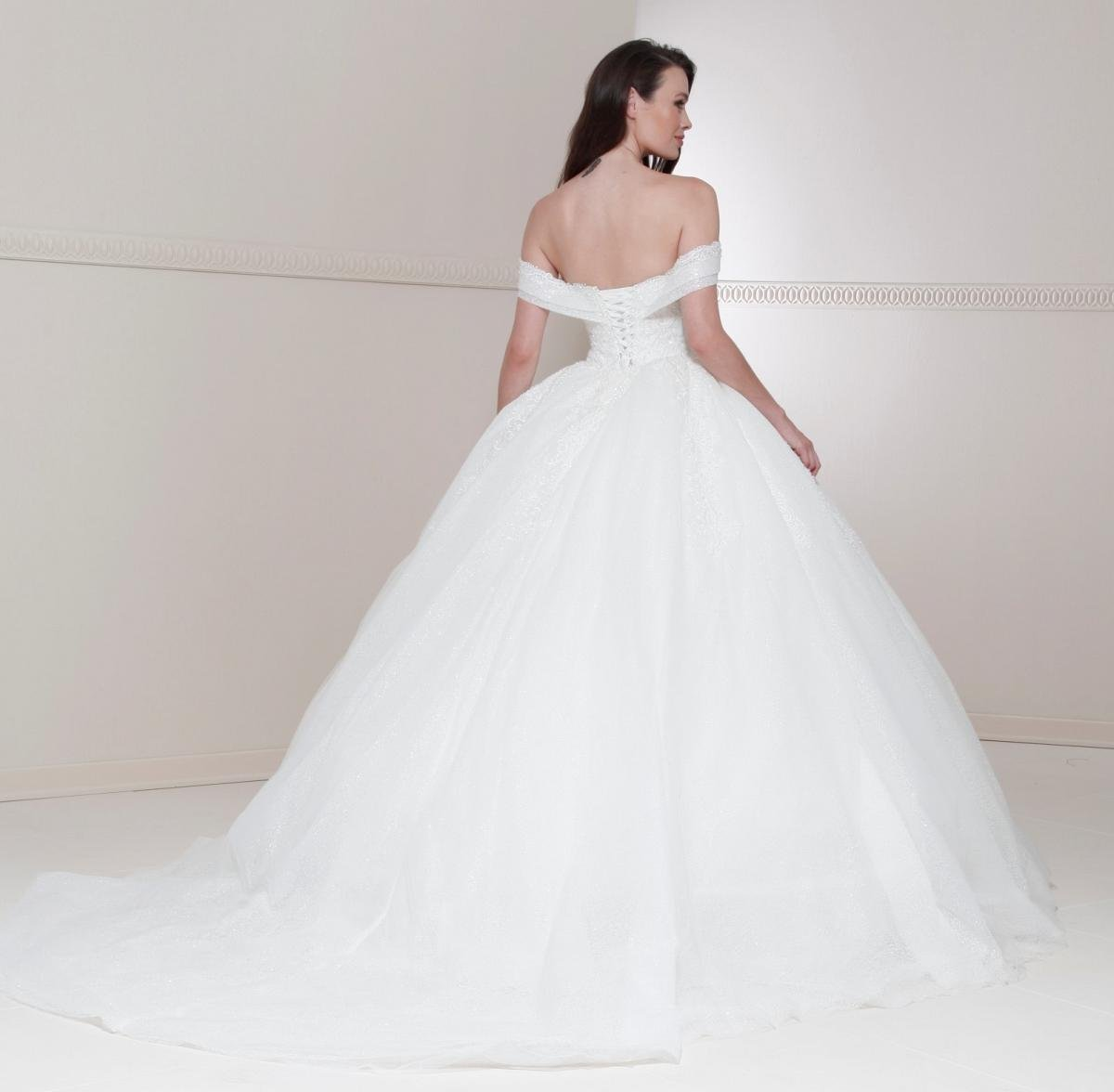 celli-spose-sposa-2022_CRYSTALLINE-BRIDALS-1228-2