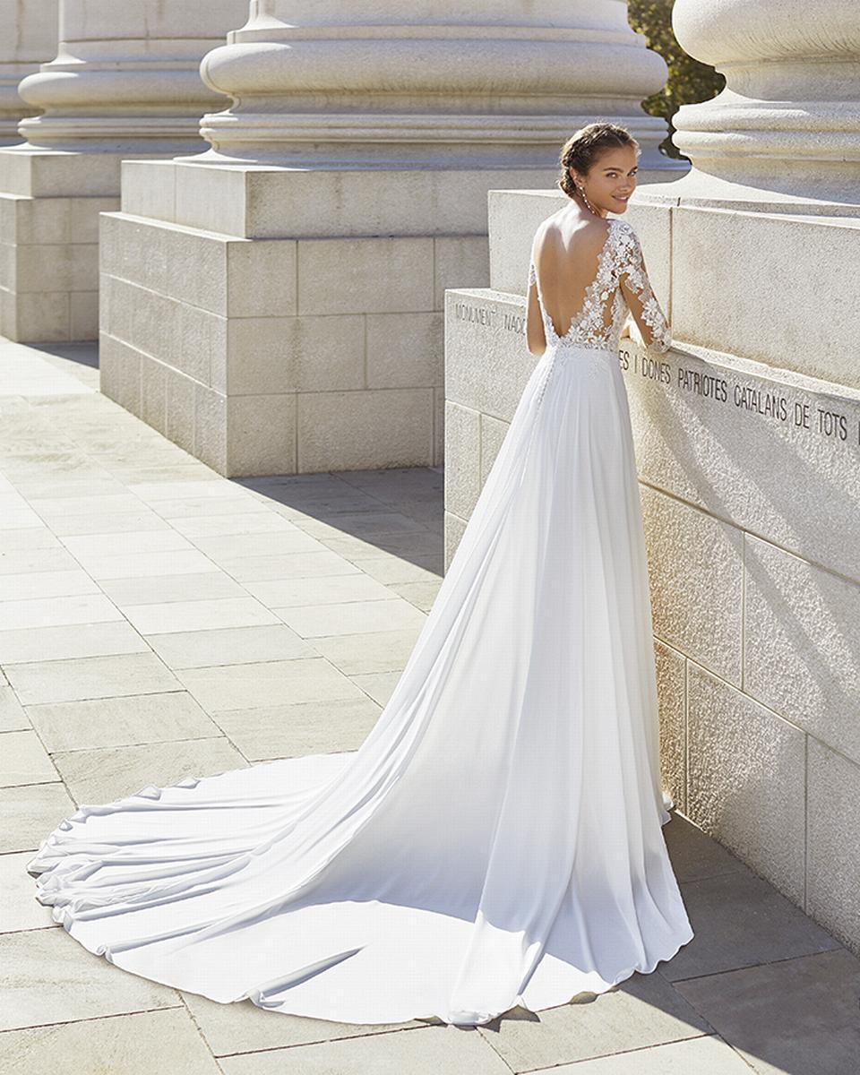 celli-spose-sposa-2022_LUNA-NOVIAS-ROSA-CLARA-5S105_2_YAEL