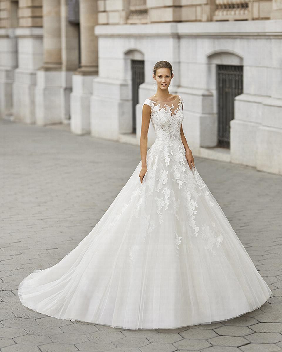 celli-spose-sposa-2022_LUNA-NOVIAS-ROSA-CLARA-6S144_1_FLOYD