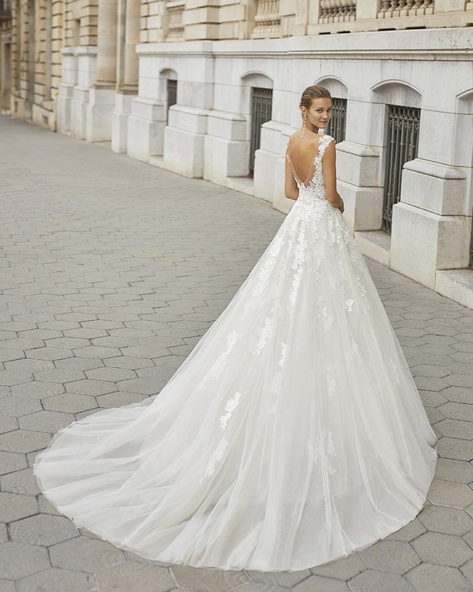 celli-spose-sposa-2022_LUNA-NOVIAS-ROSA-CLARA-6S144_2_FLOYD