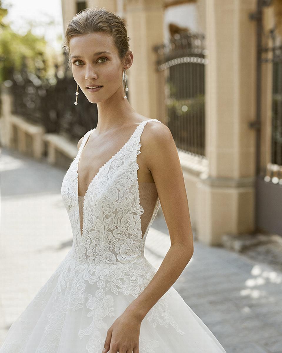 celli-spose-sposa-2022_LUNA-NOVIAS-ROSA-CLARA-6S146_3_FOCUS