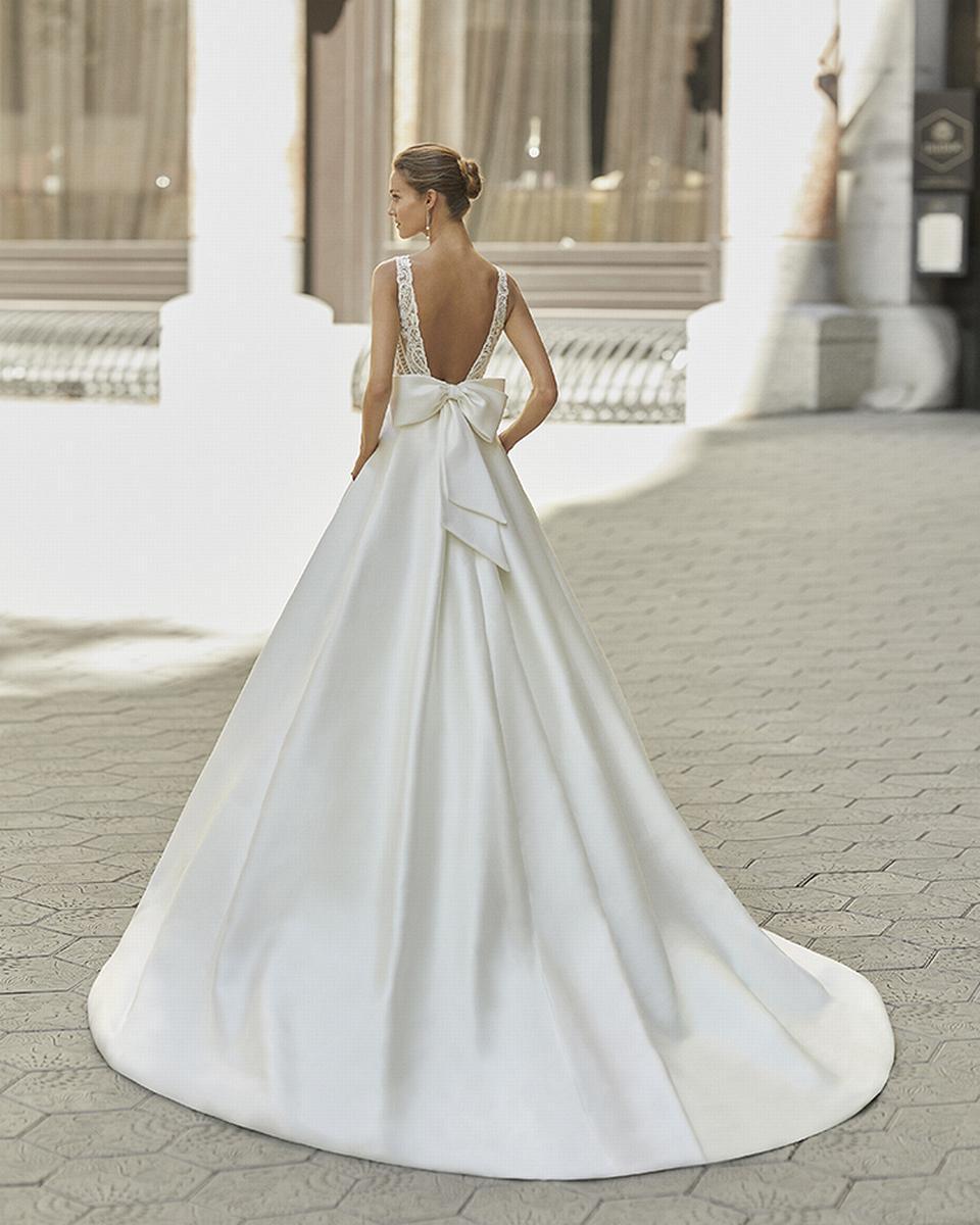 celli-spose-sposa-2022_LUNA-NOVIAS-ROSA-CLARA-6S151_2_FREIRE