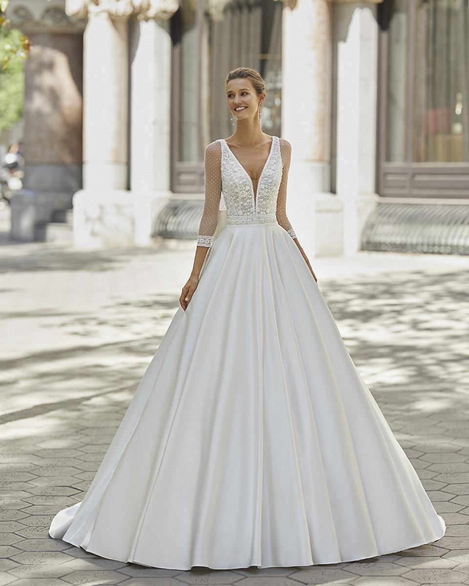 celli-spose-sposa-2022_LUNA-NOVIAS-ROSA-CLARA-6S152_2_FRENESI