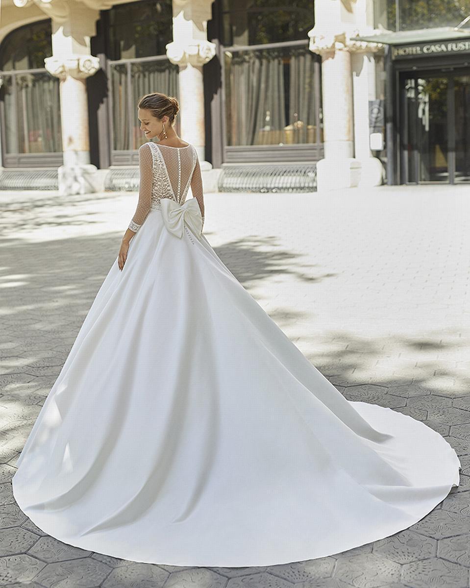 celli-spose-sposa-2022_LUNA-NOVIAS-ROSA-CLARA-6S152_3_FRENESI