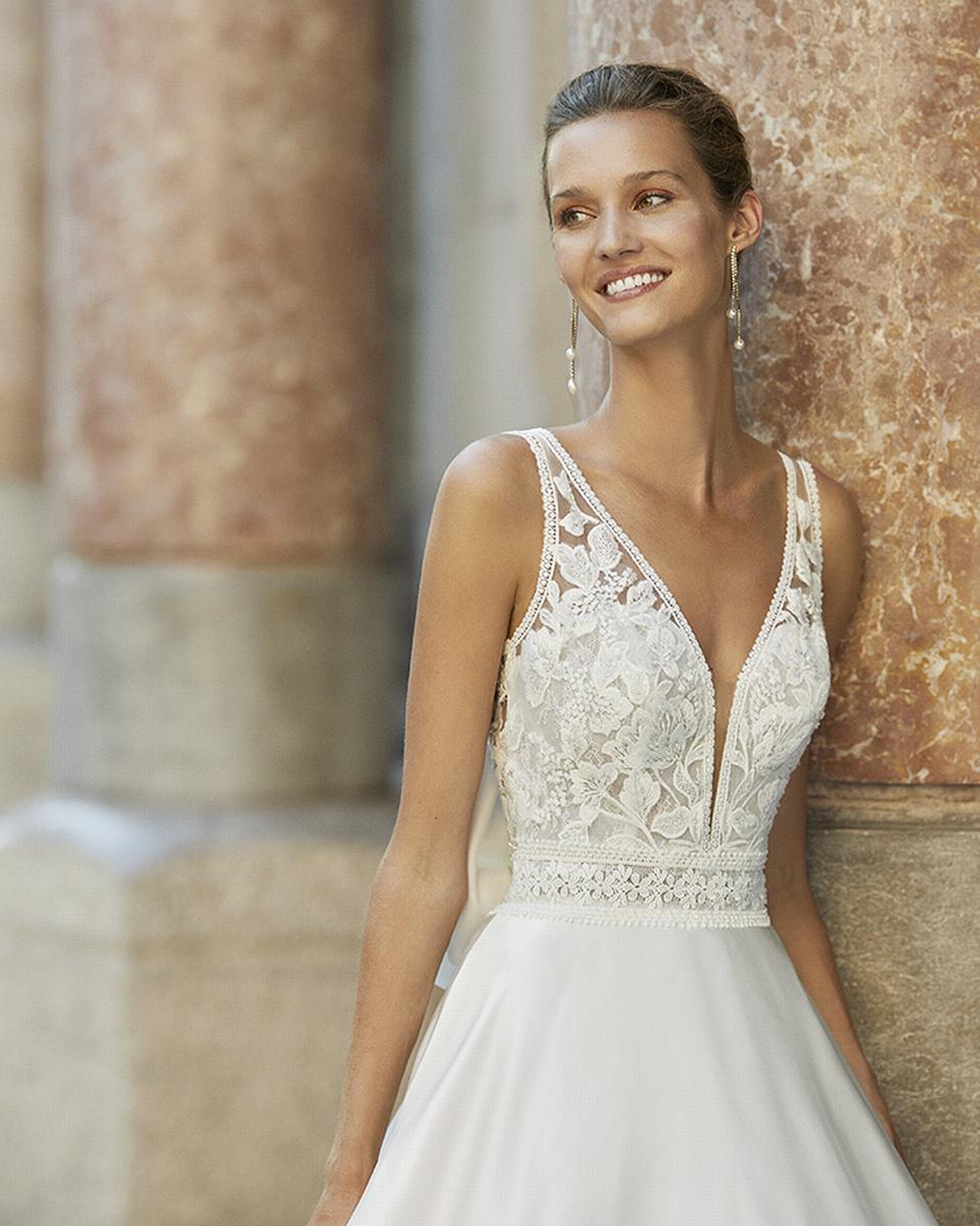 celli-spose-sposa-2022_LUNA-NOVIAS-ROSA-CLARA-6S153_3_FRESA