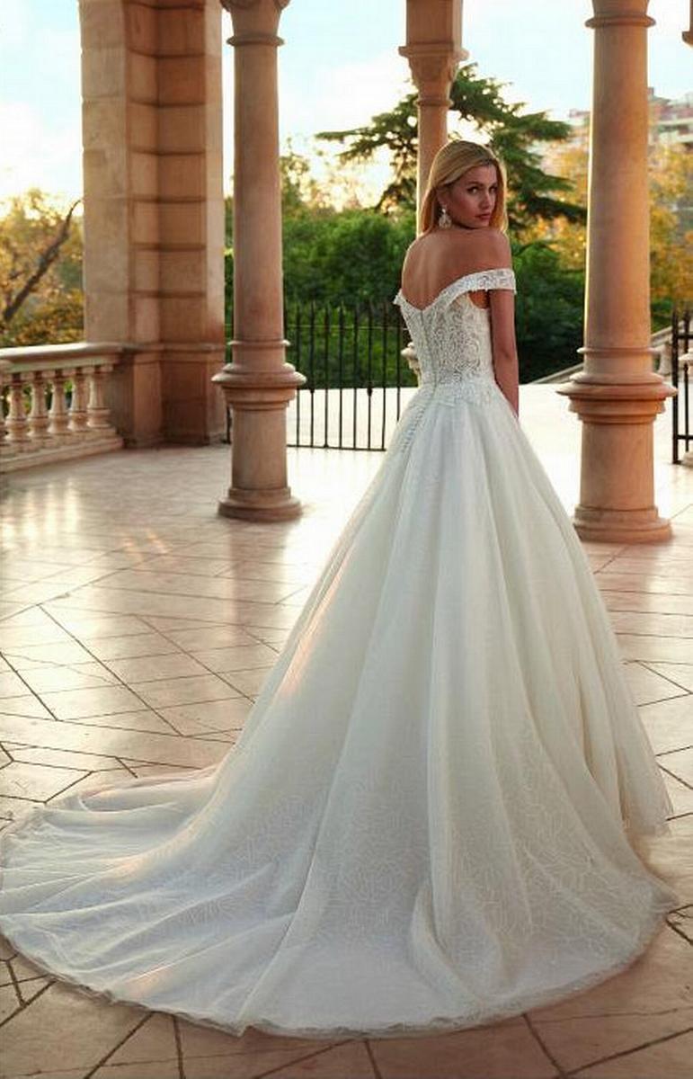 celli-spose-sposa-2022_SUSANNA-RIVIERI-310603-3