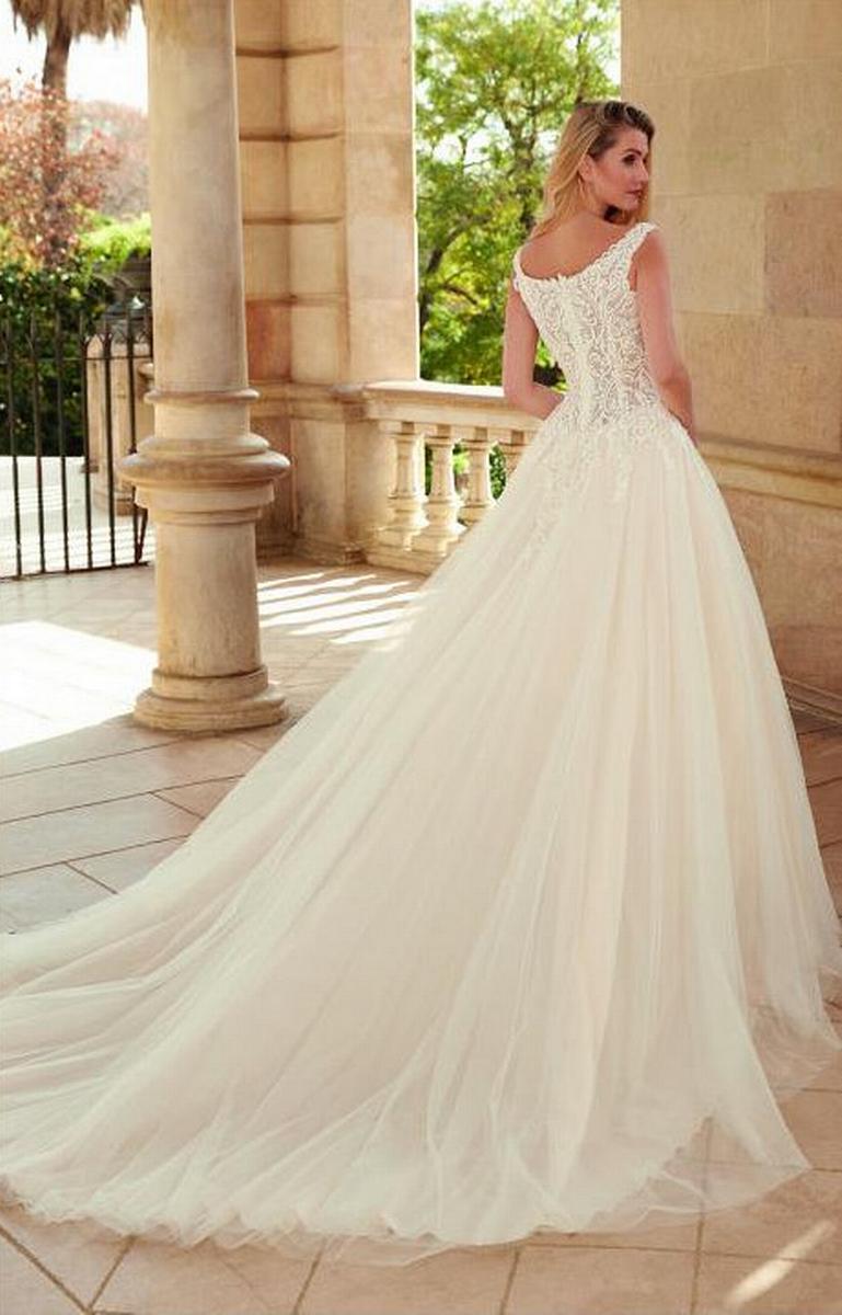 celli-spose-sposa-2022_SUSANNA-RIVIERI-310644-3