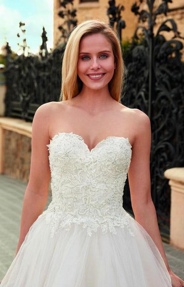 celli-spose-sposa-2022_SUSANNA-RIVIERI-310645-2