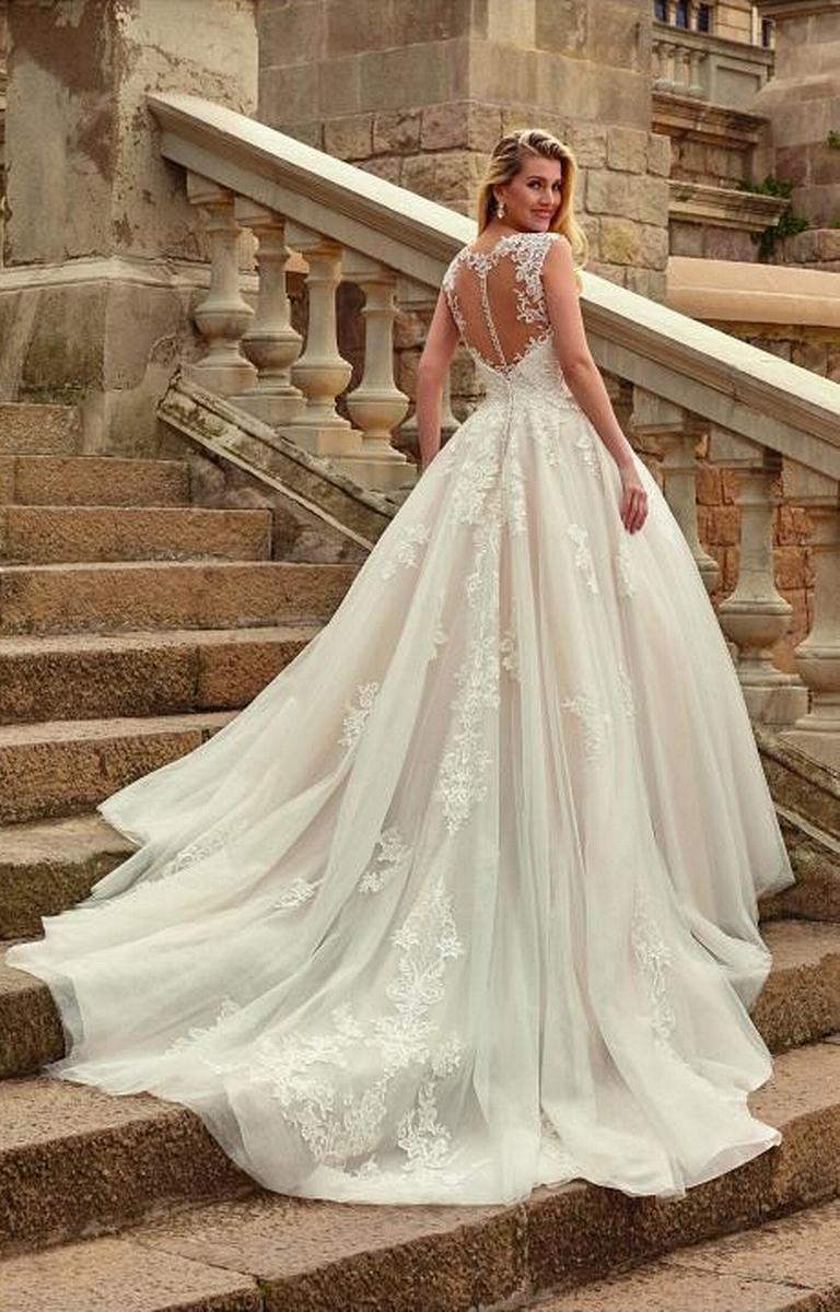 celli-spose-sposa-2022_SUSANNA-RIVIERI-310649-3