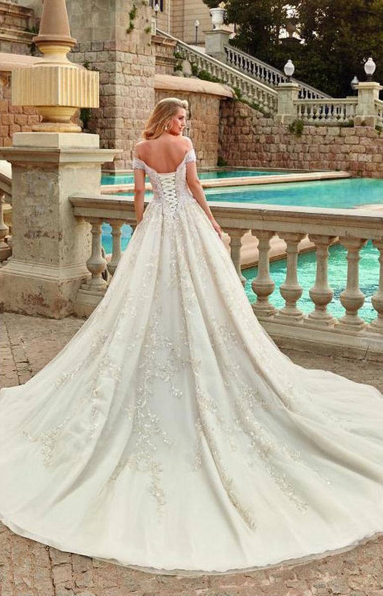celli-spose-sposa-2022_SUSANNA-RIVIERI-310666-3
