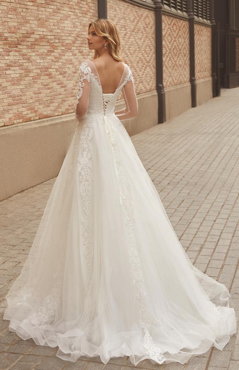 celli-spose-sposa-2022_SUSANNA-RIVIERI-311407-3